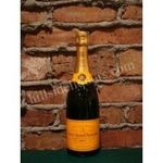 Veuve Clicquot Brut Yellow Label Champagne