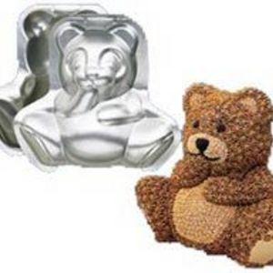 Wilton Stand-Up Cuddly Bear Cake Pan Set