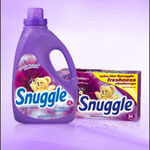 Snuggle Red Plum Fabric Softener
