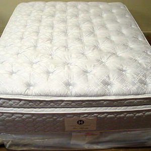 Stearns and Foster  Queen Pillow Top Mattress