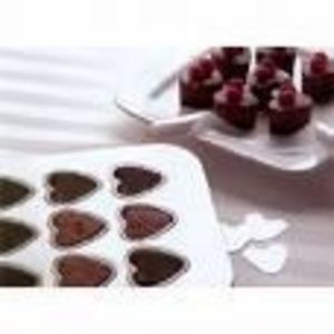 Chicago Metallic Gourmetware  Lift & Serve SweetHeart Pan
