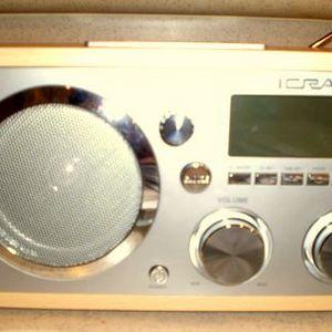 iCraig - Retro iPod Alarm Clock Radio 3036