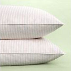 Martha Stewart Everyday Pillow