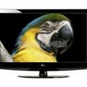 LG - 32LG30 32 in. HDTV LCD TV
