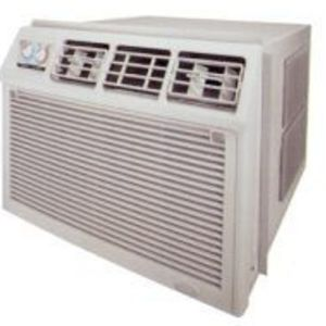 Whirlpool Heat/Cool 26,000 BTU Air Conditioner