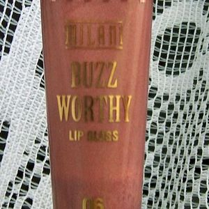 Milani Buzz Worthy Bee Gone 06