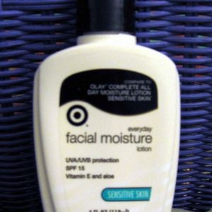 Target Everyday Facial Moisture Lotion
