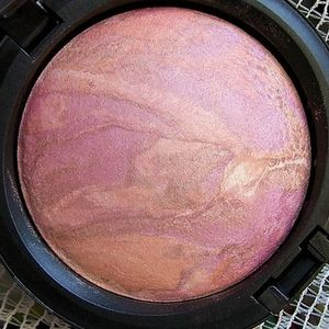 MAC Mineralize Skinfinish - Perfect Topping (Sugarsweet Collection)