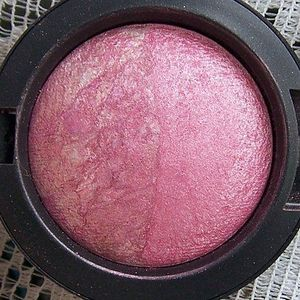 MAC Mineralize Blush Duo - Love Rock (Grand Duo Collection)