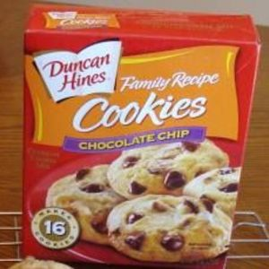 Duncan Hines Family Recipe Chocolate Chip Cookies 9 oz.