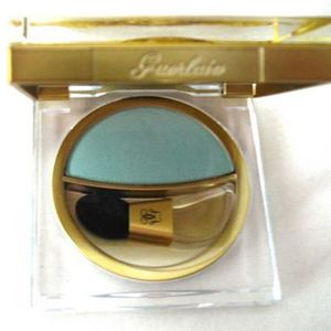 Guerlain Divinora Radiant Colour Eyeshadow