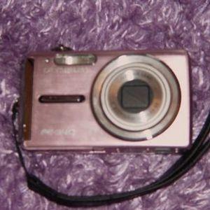 Olympus - FE-340 Digital Camera