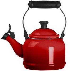 Le Creuset Demi 1.25 Quart Tea Kettle