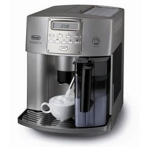 DeLonghi Magnifica Digital Super Automatic Espresso and Coffee Maker