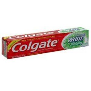 Colgate Sparkling White Toothpaste with Mint Zing