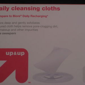 up & up Daily Cleansing Cloths