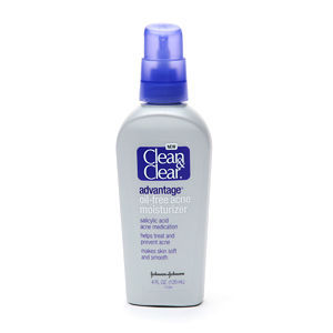 Clean & Clear Advantage Oil-Free Acne Moisturizer Salicylic Acne Medication