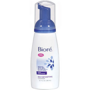 Biore 4-in-1 Detoxifying Cleanser