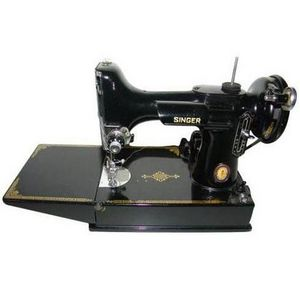 Singer Featherweight Mechanical Sewing Machine
