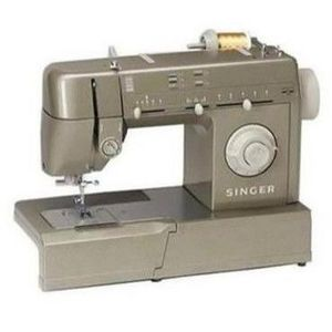 Singer Mechanical Sewing Machine HD-110