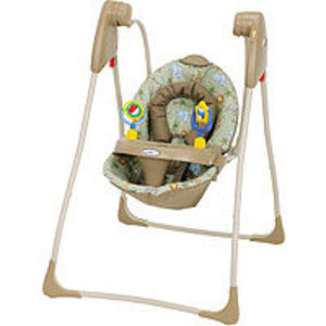Graco Swyngomatic Compact Infant Swing