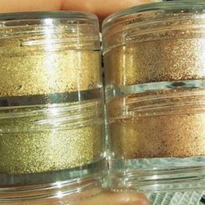 MAC Stacked Pigment - Crushed Metal (Limited Edition Spring Colour Forcast Collection)