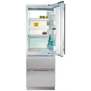 Sub-Zero Bottom-Freezer Refrigerator