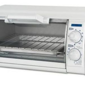 Black & Decker Toast-R-Oven 4-Slice Toaster Oven with Broiler TRO420
