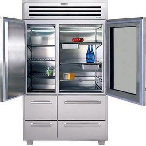 Sub-Zero Pro Bottom-Freezer Refrigerator