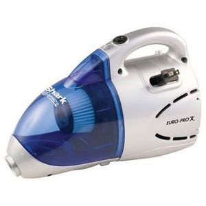 Shark Retractor Clean Air Cyclonic Handheld Power Vac