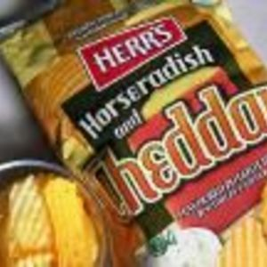 Herr's - Horseradish and Cheddar chips