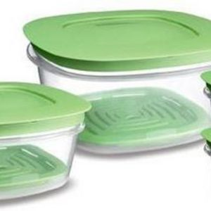 Rubbermaid Produce Saver Square 8 Piece Set Food Storage Containers