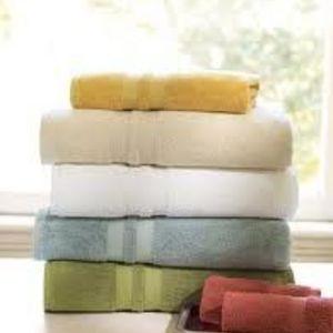 Pottery Barn Organic Bath Towels