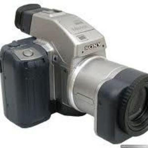 Sony - Mavica MVC-CD1000 Digital Camera