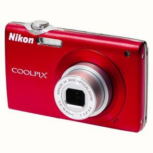 Nikon - Coolpix S205 Digital Camera