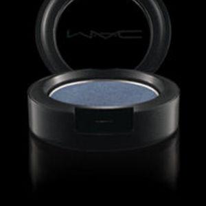 MAC Mega Metal Eyeshadow in Dandizette from Peacocky Collection