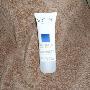 Vichy Aqualia Antiox Pro-Youth Anti-Oxidant 24 Hr. Hydrating Fluid
