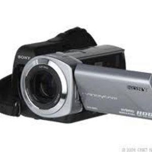 Sony Handycam DCR-SR85