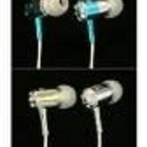 SnuggBuds - Premium Headphones