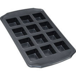 Wilton Bake It Better 12 Cavity Bar Pan