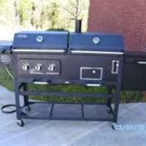 Smoke Hollow Grill & Smoker