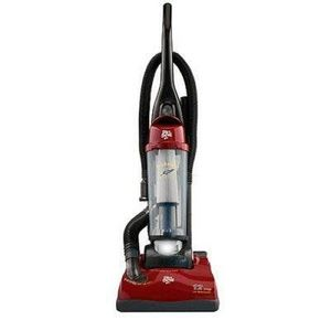 Dirt Devil Featherlite Bagless Vacuum MO85845
