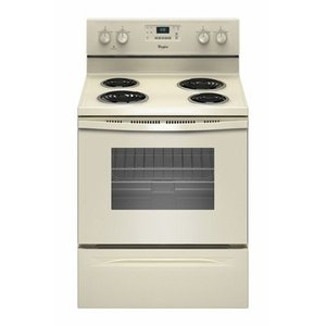 4.8 cu. ft. Capacity Freestanding Electric Range With AccuBake Temperature Management