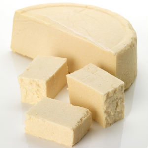 LUSH Trichomania Solid Shampoo Bar