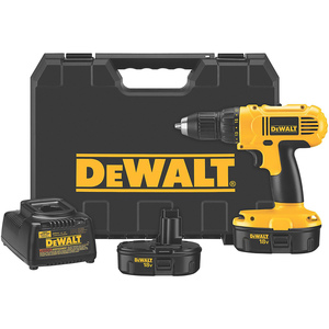 DeWalt 18 V 1/2 In. (13mm) Cordless Compact Drill/Driver Kit