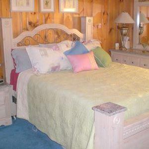 Seville Bedroom Furniture Set