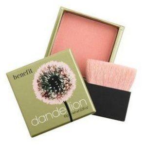 Benefit Dandelion Pink Perk-Me-Up Face Powder