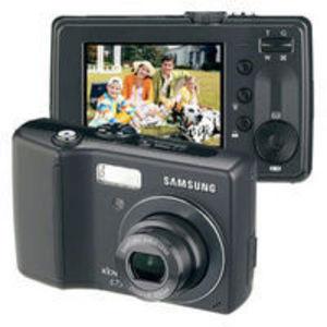 Samsung - S73 Digital Camera