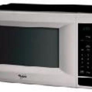 Whirlpool 1100 Watt 1.5 Cu. Ft. Microwave Oven