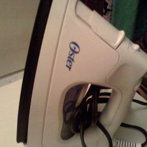 Oster 4032 Electric Steam Iron